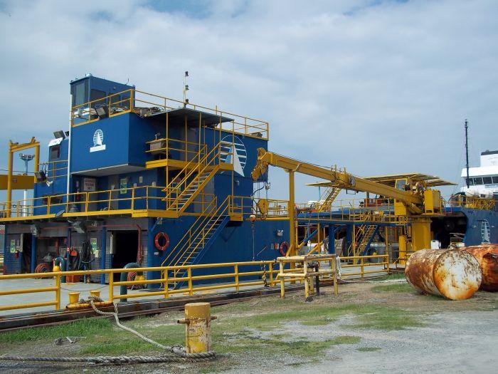 crane218