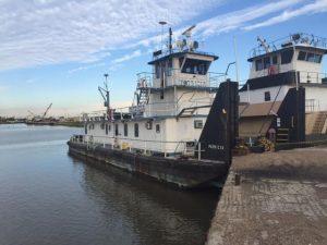 patricia push boat